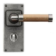 Finesse Milton Bathroom Door Handles Jesmond Plate FD151 Pewter & Oak