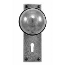 Finesse Beamish Door Knobs on Lock Plate FD040 Solid Pewter