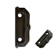 Cast Iron Stepped Keep/Staple K07 3""