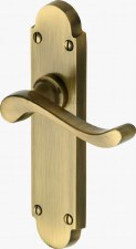 Heritage Savoy S610 Door Handles Antique Brass Lacquered