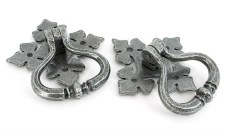 From The Anvil Shakespeare Ring Door Handle Set Pewter
