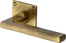 Heritage Trident LP Sq Rose Door Handles BAU2910 Antique Brass Lacq
