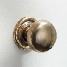 32mm Plain Cupboard Door Knobs Renovated Brass