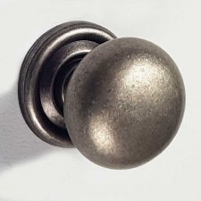 32mm Plain Cupboard Door Knobs Distressed Antique Nickel