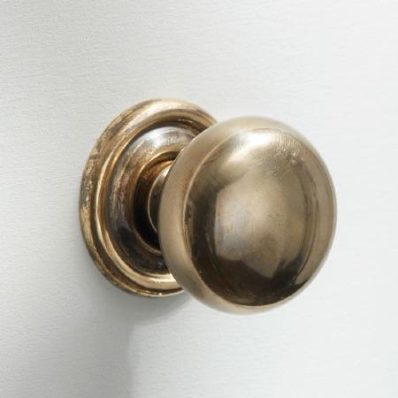 32mm Plain Cupboard Door Knobs Renovated Brass