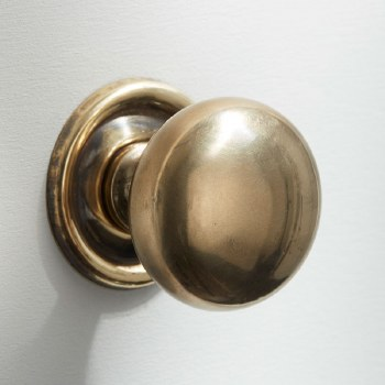 38mm Plain Cupboard Door Knob Renovated Brass