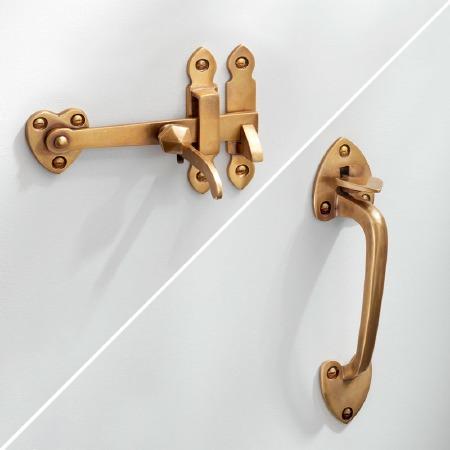 Spade Suffolk Thumb Latch Antique Satin Brass
