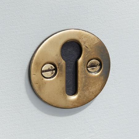 Plain Round Escutcheon Renovated Brass