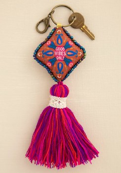Keychain Good Vibes Only