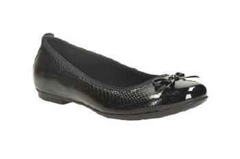 Clarks 'Tizz Hope' Girls School Shoes (Black)