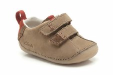 Clarks 'Cruiser Time' First Shoes (Tan)