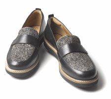 Clarks 'Glick Avalee' Ladies Loafers (Black Interest)