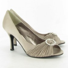Lunar 'FLV132' Peep-Toe Occasion Shoe (Champagne)