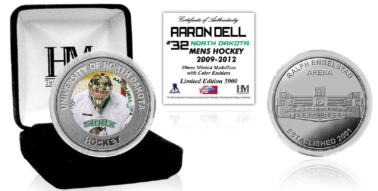 UNIVERSITY OF NORTH DAKOTA HOCKEY ALUMNI COLLECTOR COIN - AARON DELL