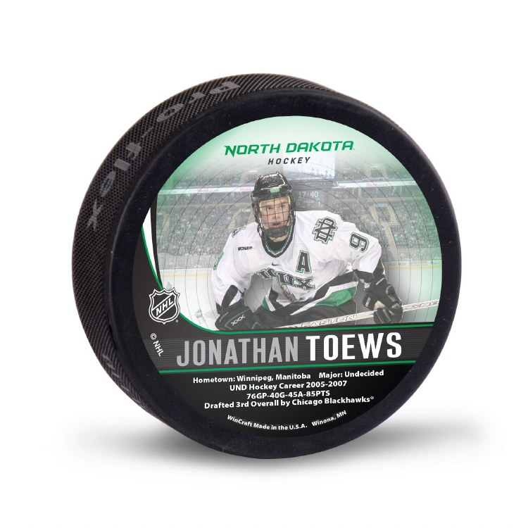 UNIVERSITY OF NORTH DAKOTA HOCKEY JONATHAN TOEWS ALUMNI PUCK