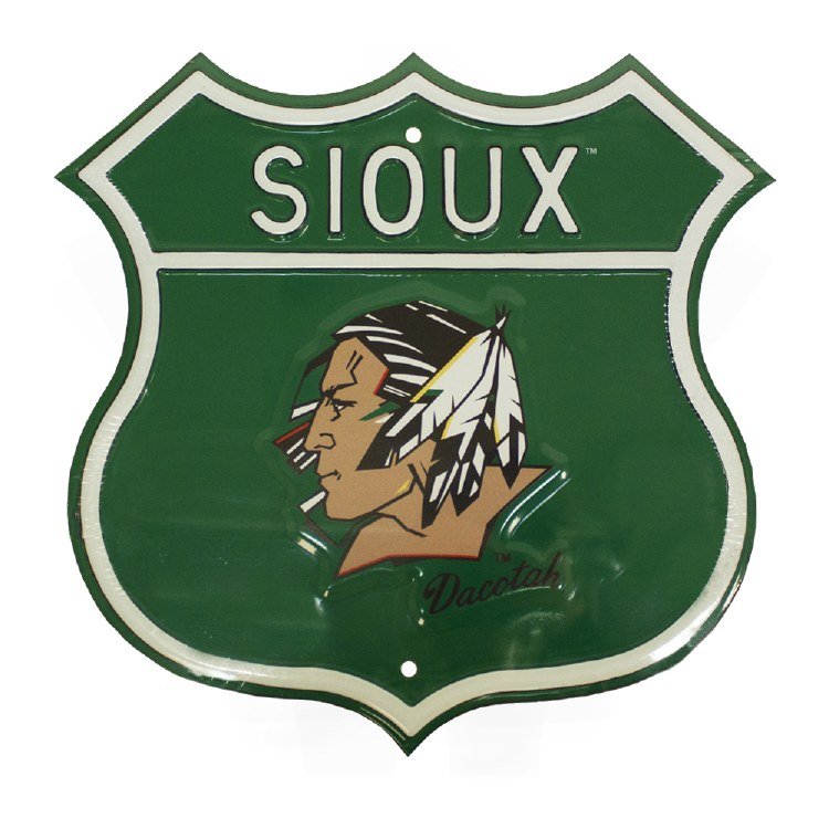 UNIVERSITY OF NORTH DAKOTA FIGHTING SIOUX ROUTE SIGN