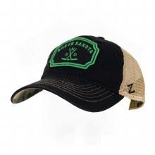 UNIVERSITY OF NORTH DAKOTA HOCKEY PLACARD HAT