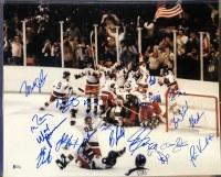1980 USA HOCKEY TEAM 16X20 BAS