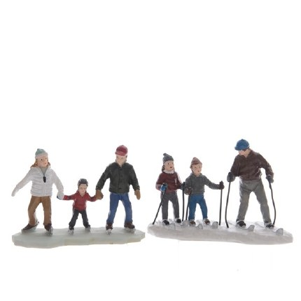 Christmas Village Scene Family Skiing Multi 5.5x10.5x7.5cm