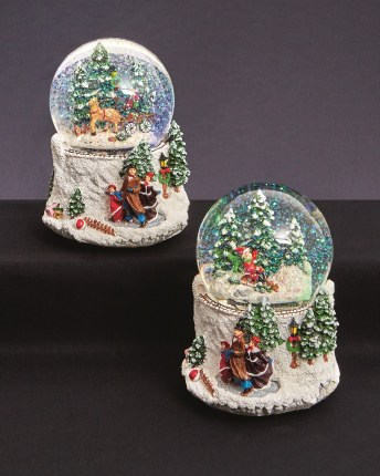 Christmas Snowglobe Horse & Cart or Child with Sleigh with Music 10cm
