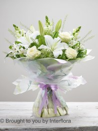 Beautiful Bond Hand-tied - The Perfect Mother's Day Gift
