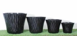Cosmo Round Terracotta Black Pot 26 x 22cm
