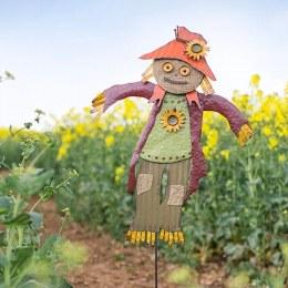 La Hacienda Garden Scarecrow Moe