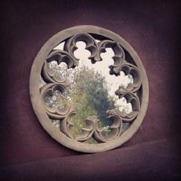 Stone Mirror Round 44cm