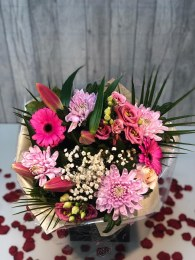 Valentine's Day Pink Mix Bouquet