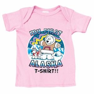 我在粉红色MO的St Alaska T恤
