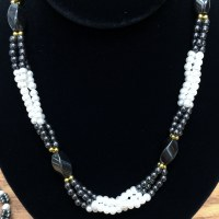 Twist Hematite/Pearl  Necklace