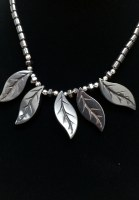 5 Leaves Necklace