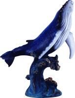 座头鲸雕像