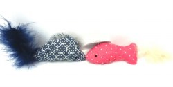 Fish Toy w/Catnip and Feather