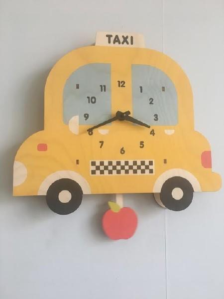 Taxi Pendulum Clock