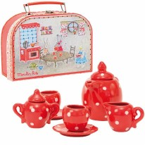 Grand Famille Ceramic Tea Set