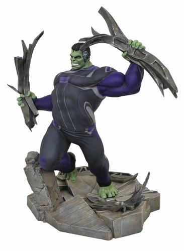Marvel Gallery Avengers 4 Tracksuit Hulk Deluxe Pvc Figure