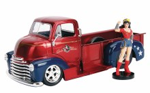 DC Bombshells 52 Chevy Coe w/ Wonder Woman 1/24 Vehicle
