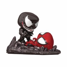 Pop Comic Moments Marvel Spider-Man Vs Venom Metallic Px Figure