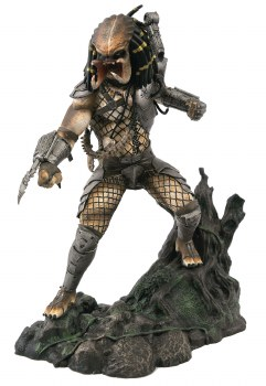 SDCC 2020 Predator Gallery Unmasked Pvc Statue