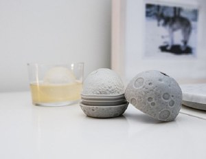 Moon Ice Mold