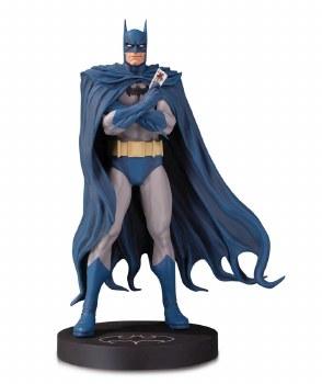 DC DESIGNER SERIES BATMAN BY BRIAN BOLLAND MINI STATUE