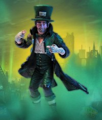 BATMAN ARKHAM CITY SER 2 MAD HATTER ACTION FIGURE