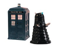 DOCTOR WHO TARDIS & DALEK SALT & PEPPER SET