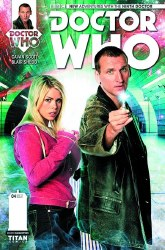 DOCTOR WHO 9TH #4 (OF 5) SUBSCRIPTION PHOTO