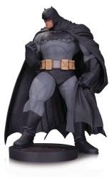DC DESIGNER SER BATMAN BY ANDYKUBERT MINI STATUE