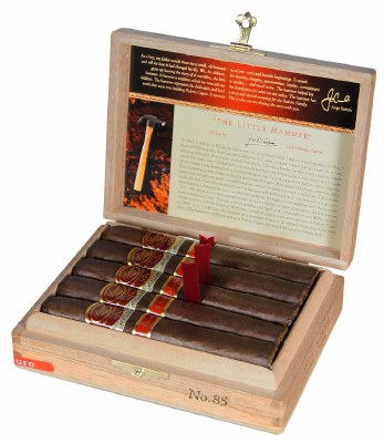 Padron Family Res 45 Mad