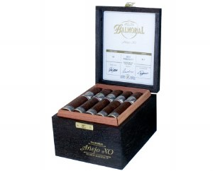 Balmoral Anejo XO Pet Rob FT