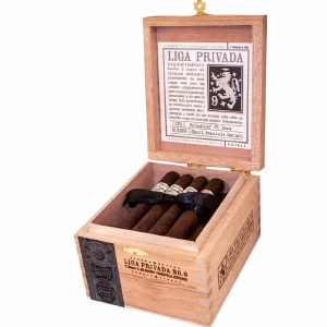 Liga Privada No9 Short Pan