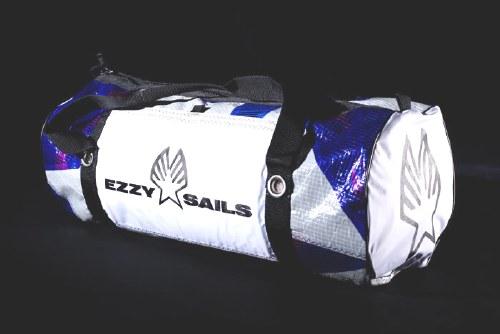 Ezzy Duffle Beach Bag